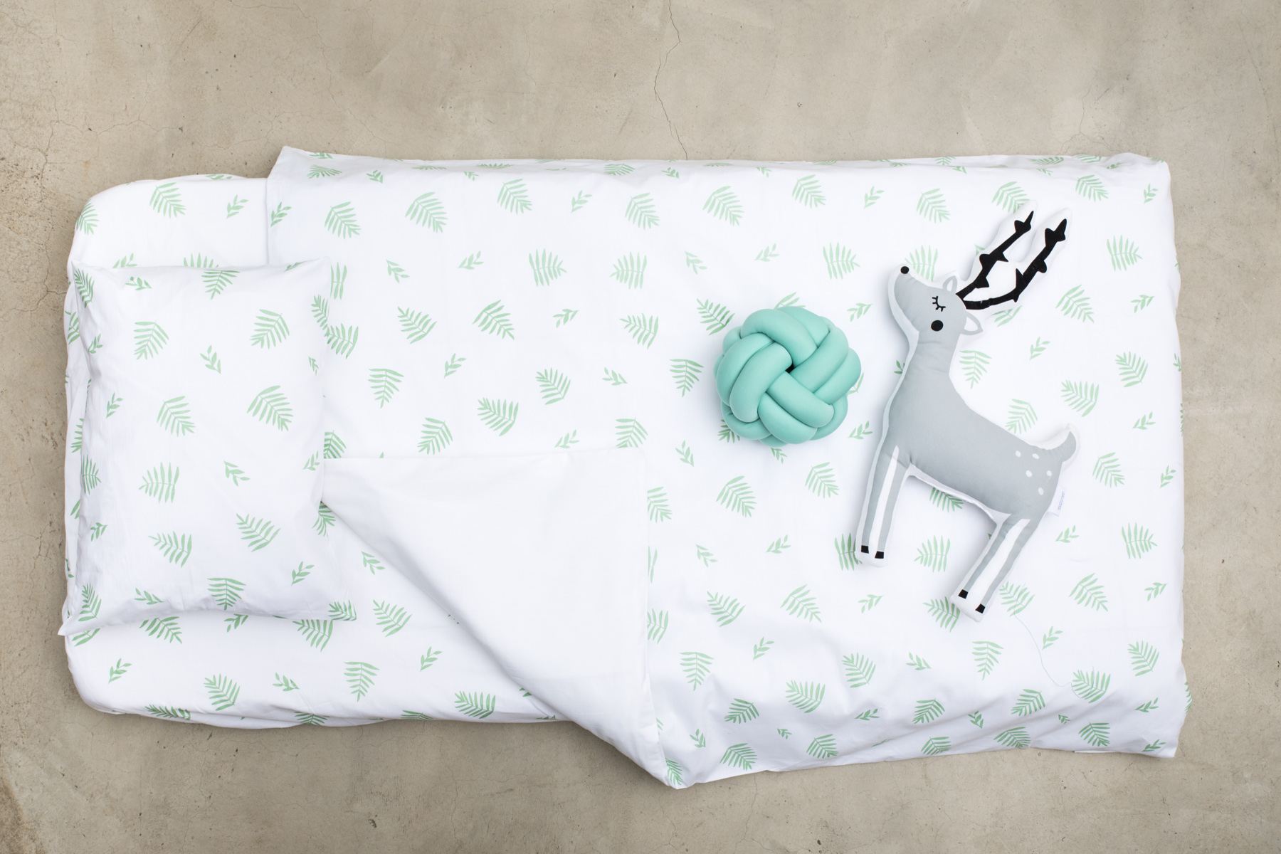 Green Leaf Cot Duvet